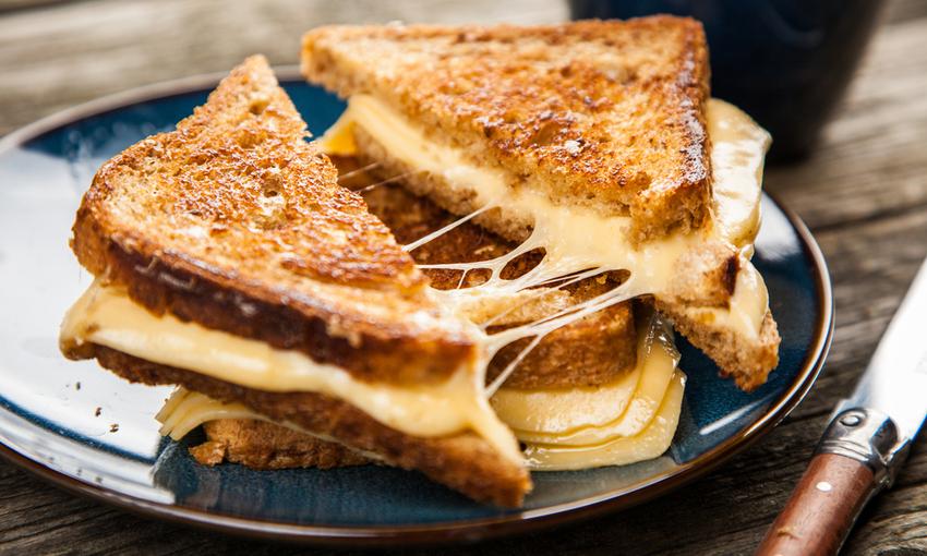 sandwich al formaggio