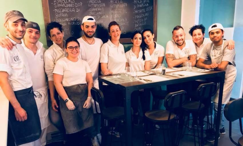 staff pizzeria 081