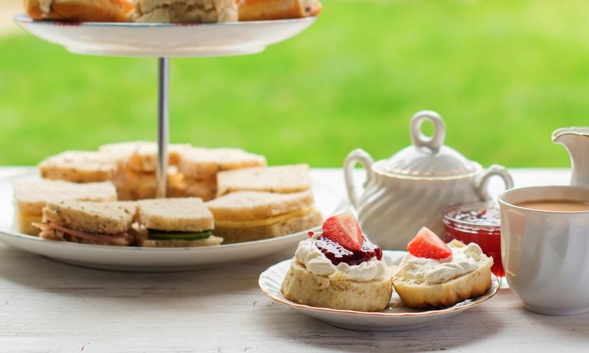 tè pomeridiano inglese