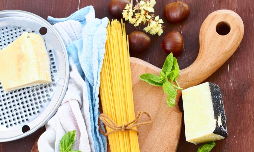 spaghetti castagne e speck