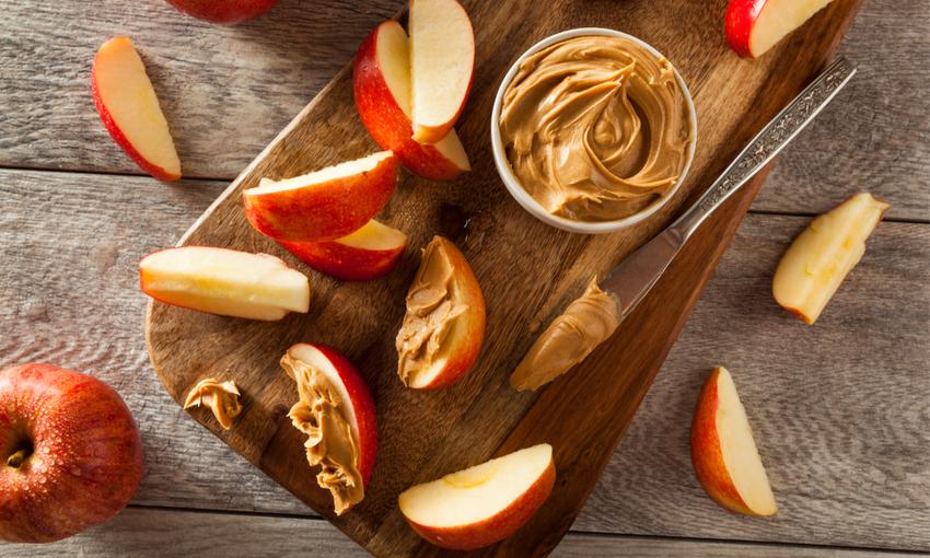 mele con crema di nocciole