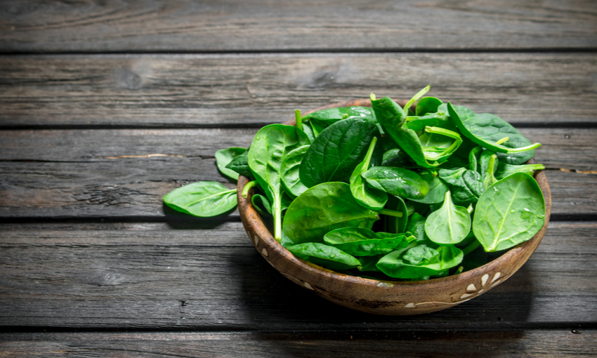 pulire spinaci freschi