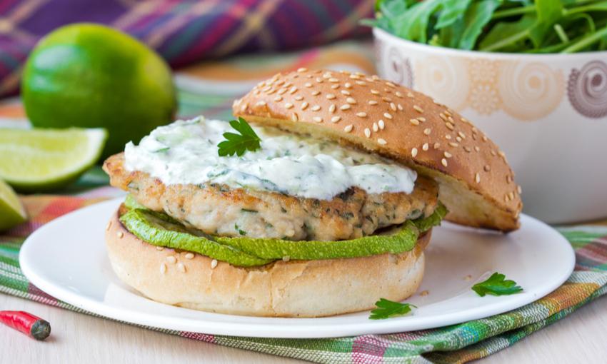 Hamburger pollo e zucchine
