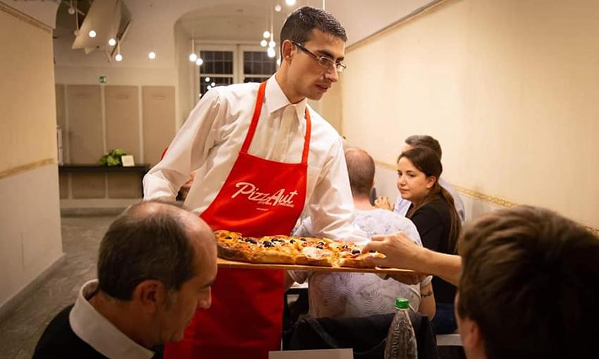 Pizzaut servizio