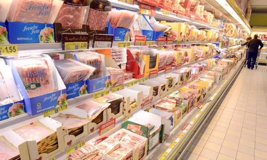 Povertà alimentare Italia supermercato
