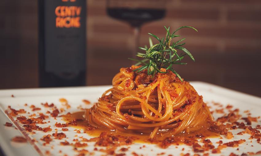 Spaghetti con vino cotto