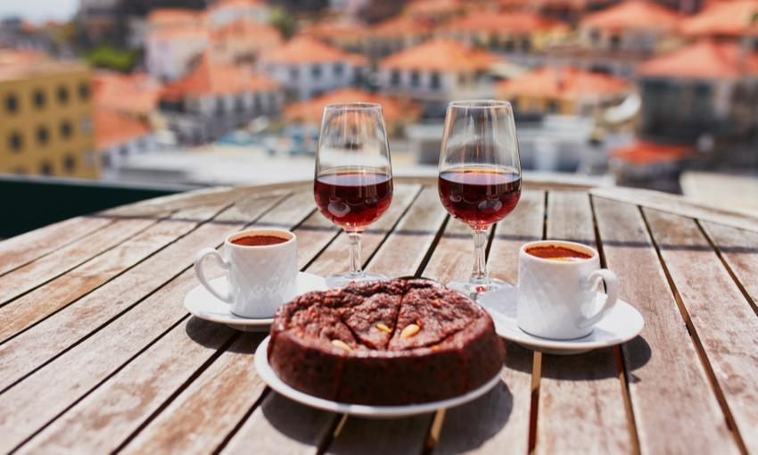 Caffè e dolce tipico Porto