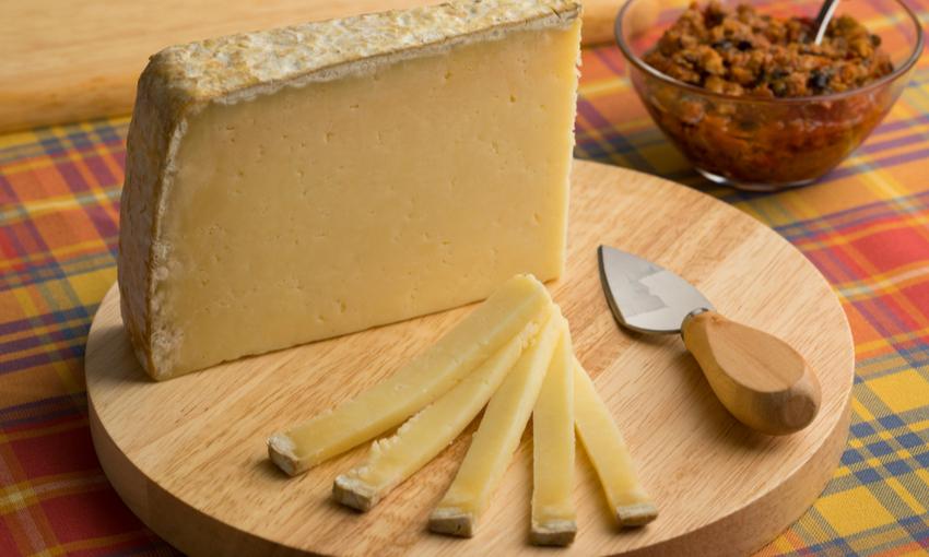 Cantal formaggio