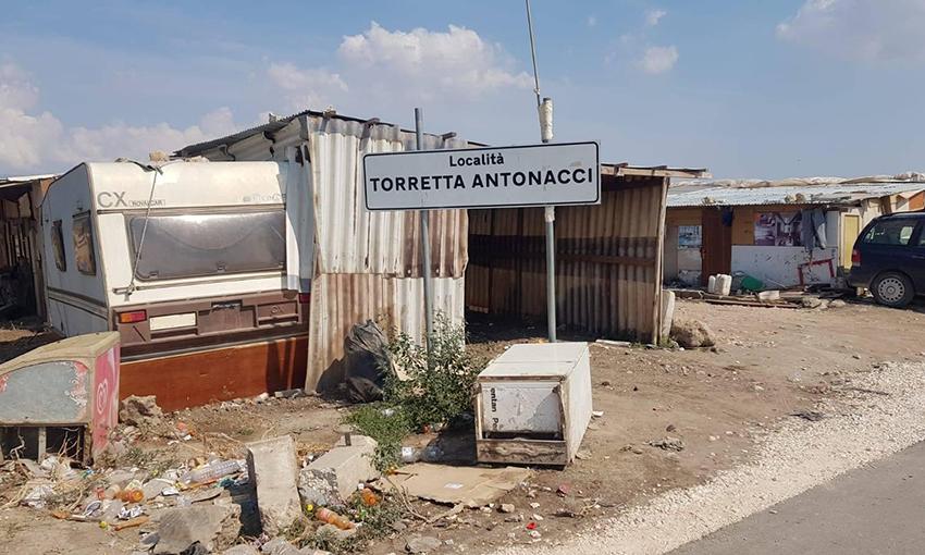 Povertà campagne italiane