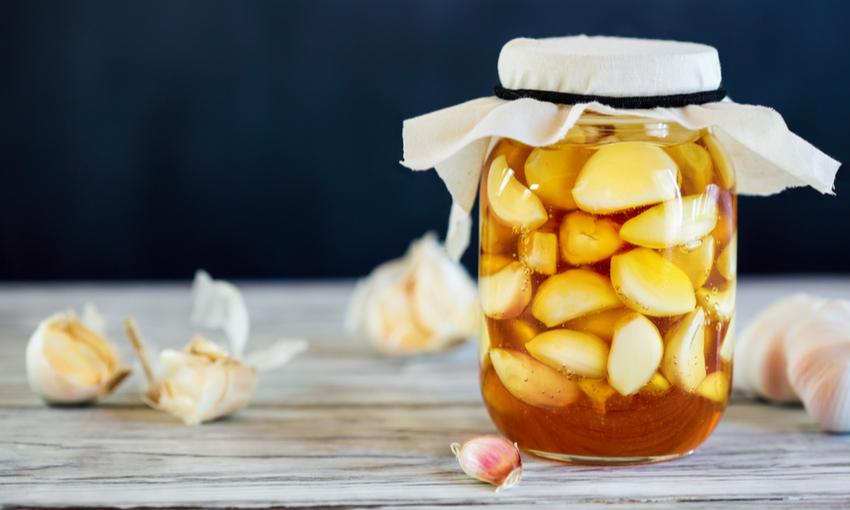 Sciroppo d'aglio fermentato