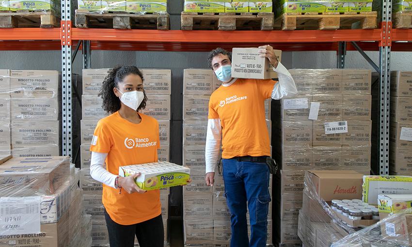 volontari colletta alimentare