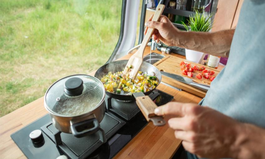 cucinare in camper