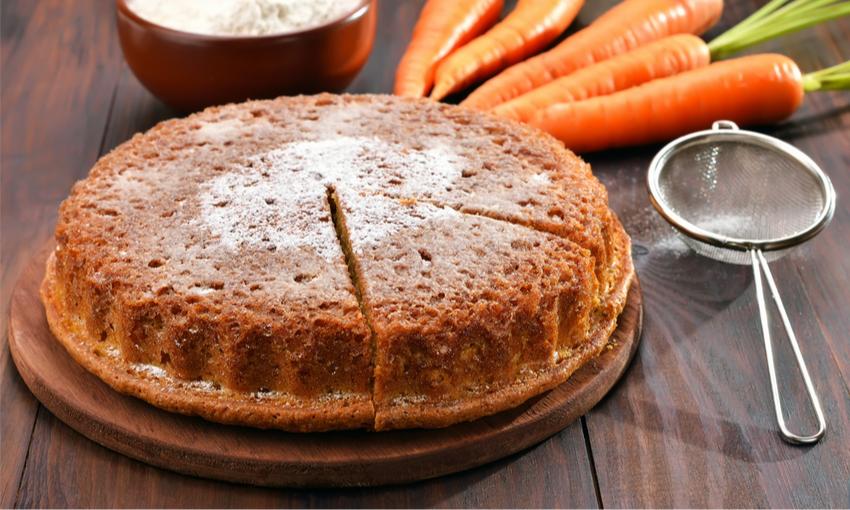 torta senza glutine carote